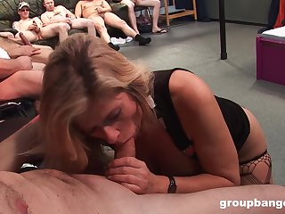 Matured tiro in stockings getting fucked in her pierced cunt