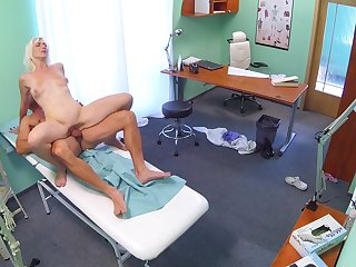 Insolent blonde tries unending sex with her physician