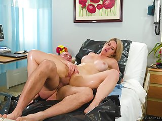 Blonde woman gets fucked away from her doctor by way of a gyno control